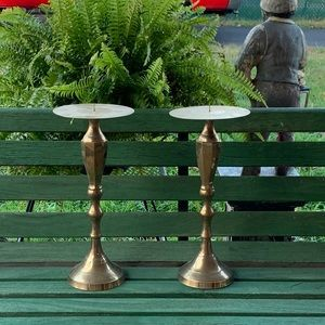 Brass candle holders EUC (2)